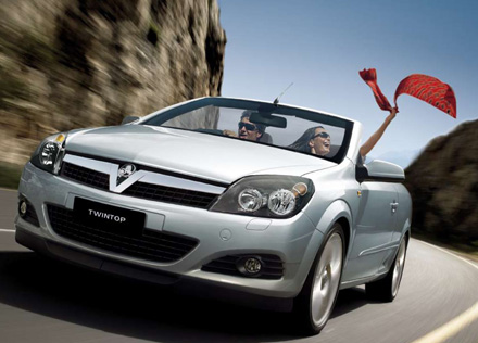 Review the Holden Astra TwinTop project elements